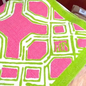 Lilly Pulitzer Well Connected 4' x 6' Area Rug
